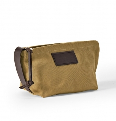 Filson Travel Kit Small Tan, compact, abrasion-resistant travelkit