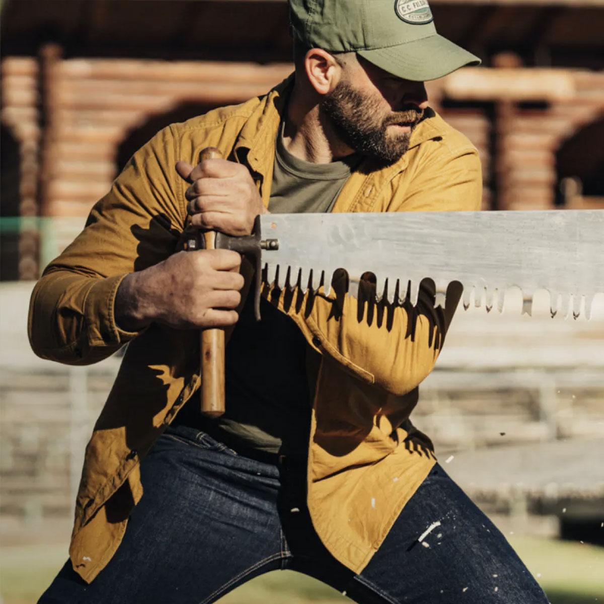Filson Logger Cap Army Green/Kenai, klassieke pet die beschermt tegen de elementen
