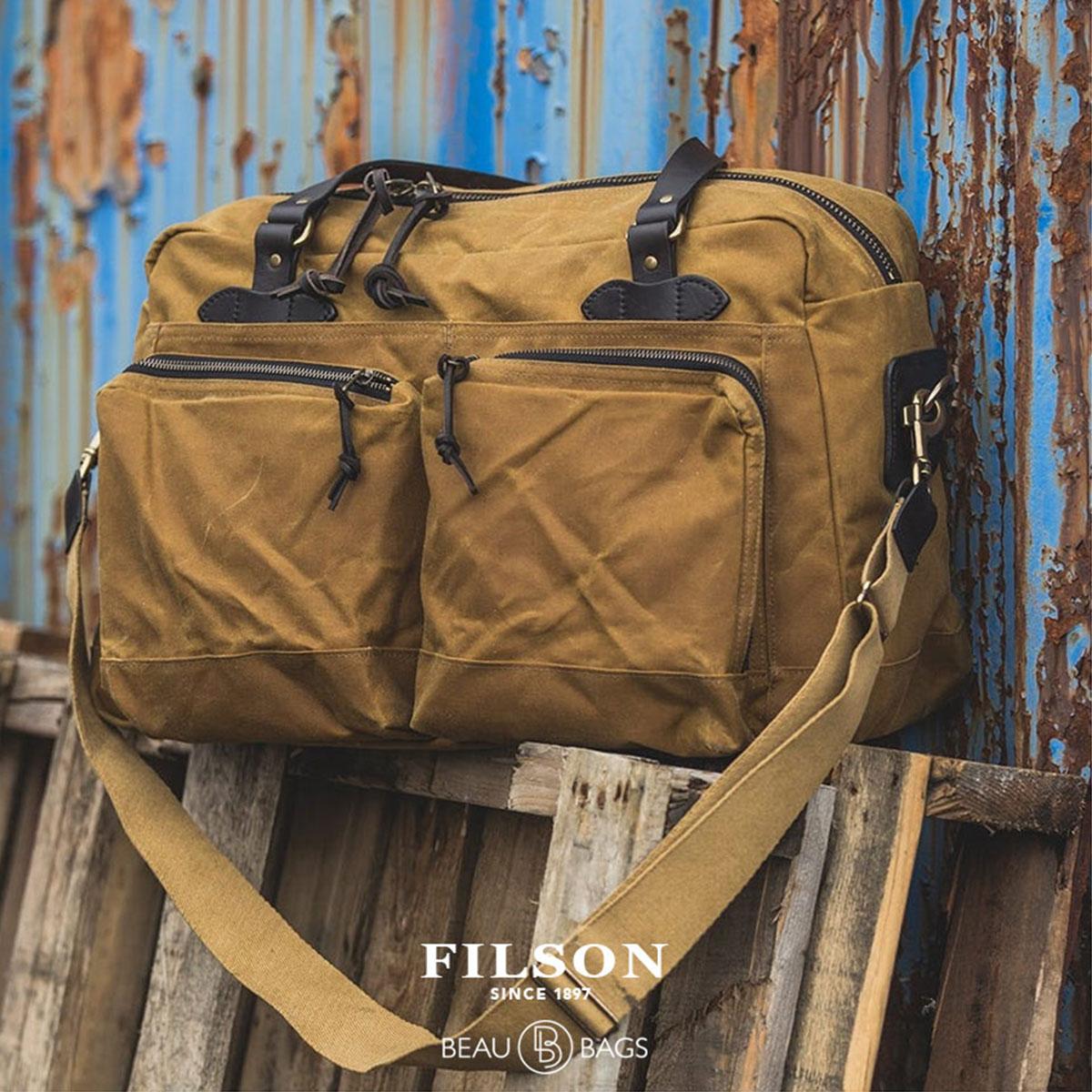 Filson 48-Hour Duffle Dark Tan, een robuuste reistas met grote vakken voor een lang weekend