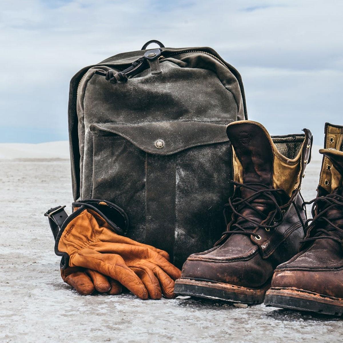 Filson Journeyman Backpack 11070307 Otter Green, waterdichte rugzak die tientallen jaren meegaat, in elk klimaat