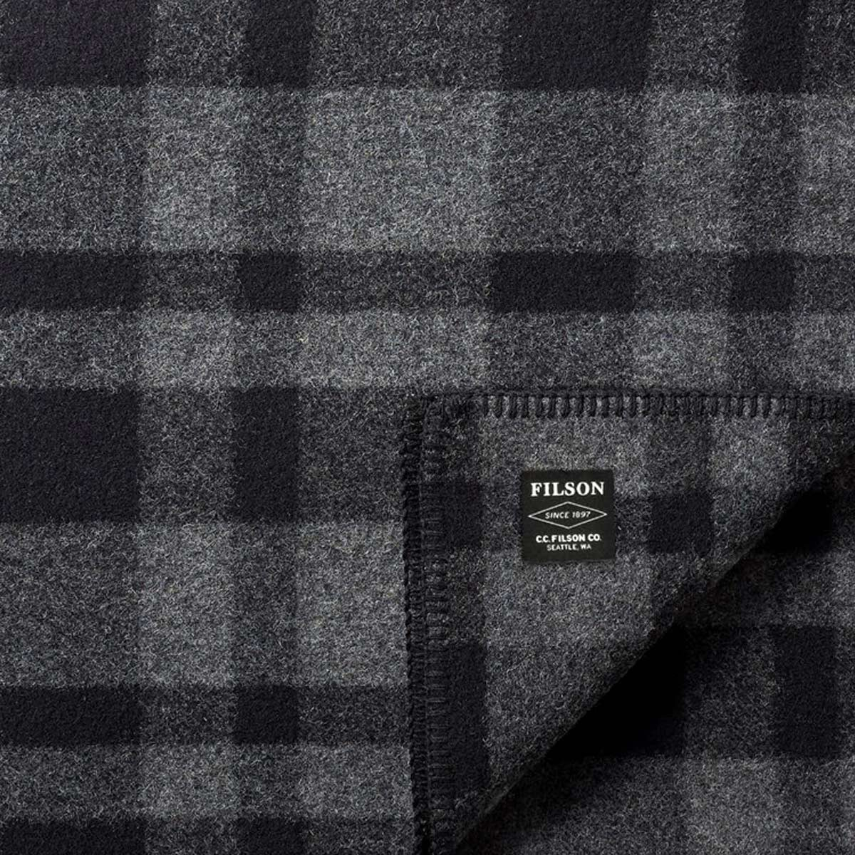 Filson Mackinaw Wool Blanket 11080110-Gray Black, keeps you warm in any weather