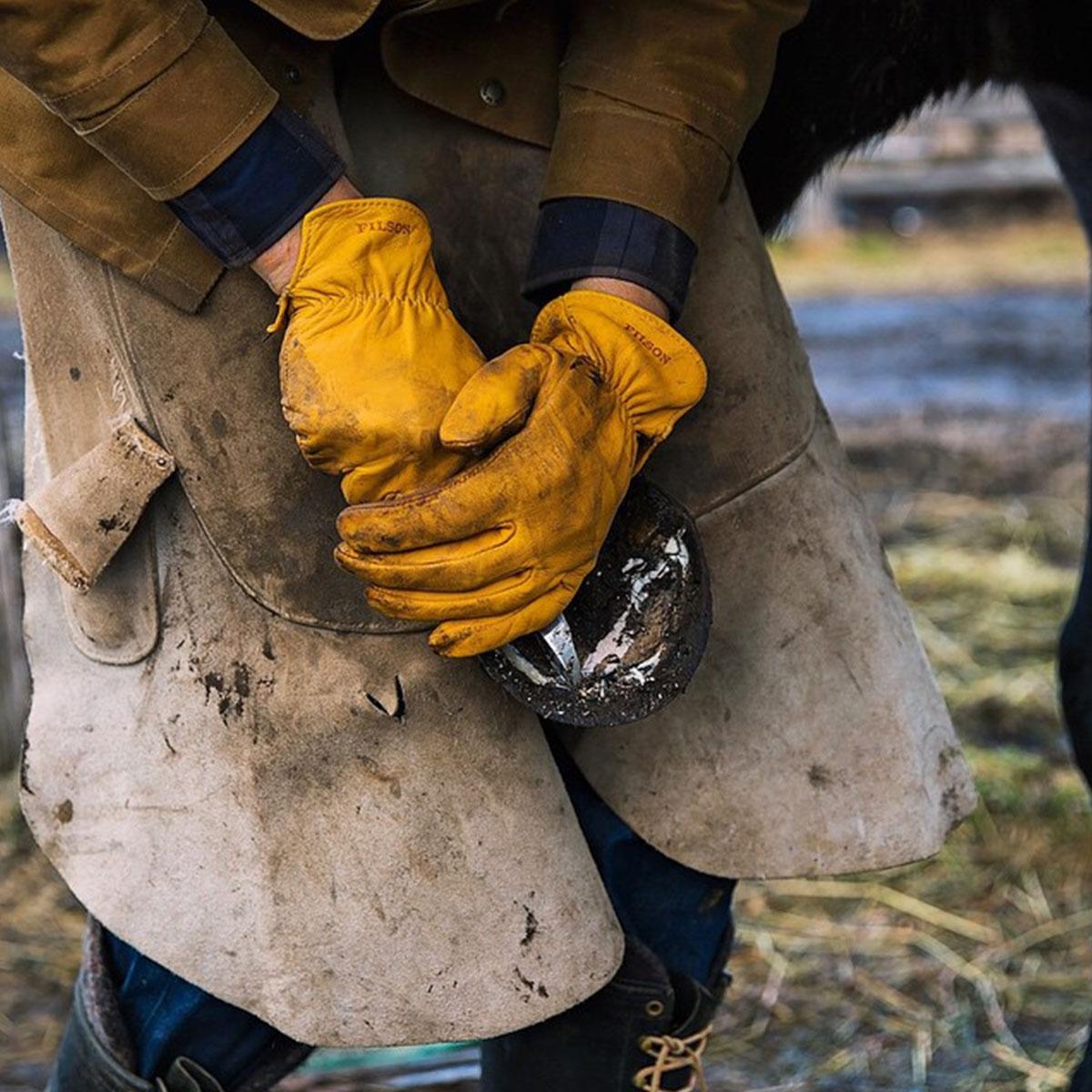 Filson Original Goatskin Gloves 11062021-Tan, gemaakt van geitenleer voor een uitstekende sterkte en duurzaamheid