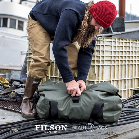 Filson Dry Duffle Bag Medium, keeps your gear dry in any weather