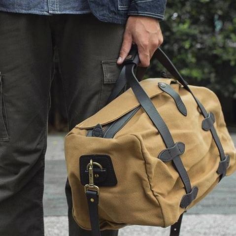 Filson Duffle Small Tan 11070220, perfecte tas voor een weekend weg