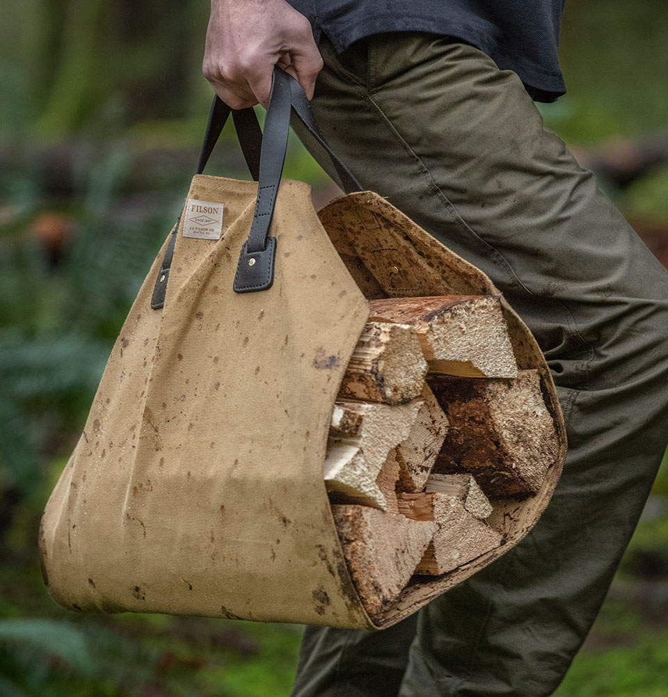 Filson Log Carrier Tan 11070280, de perfecte drager voor zware ladingen