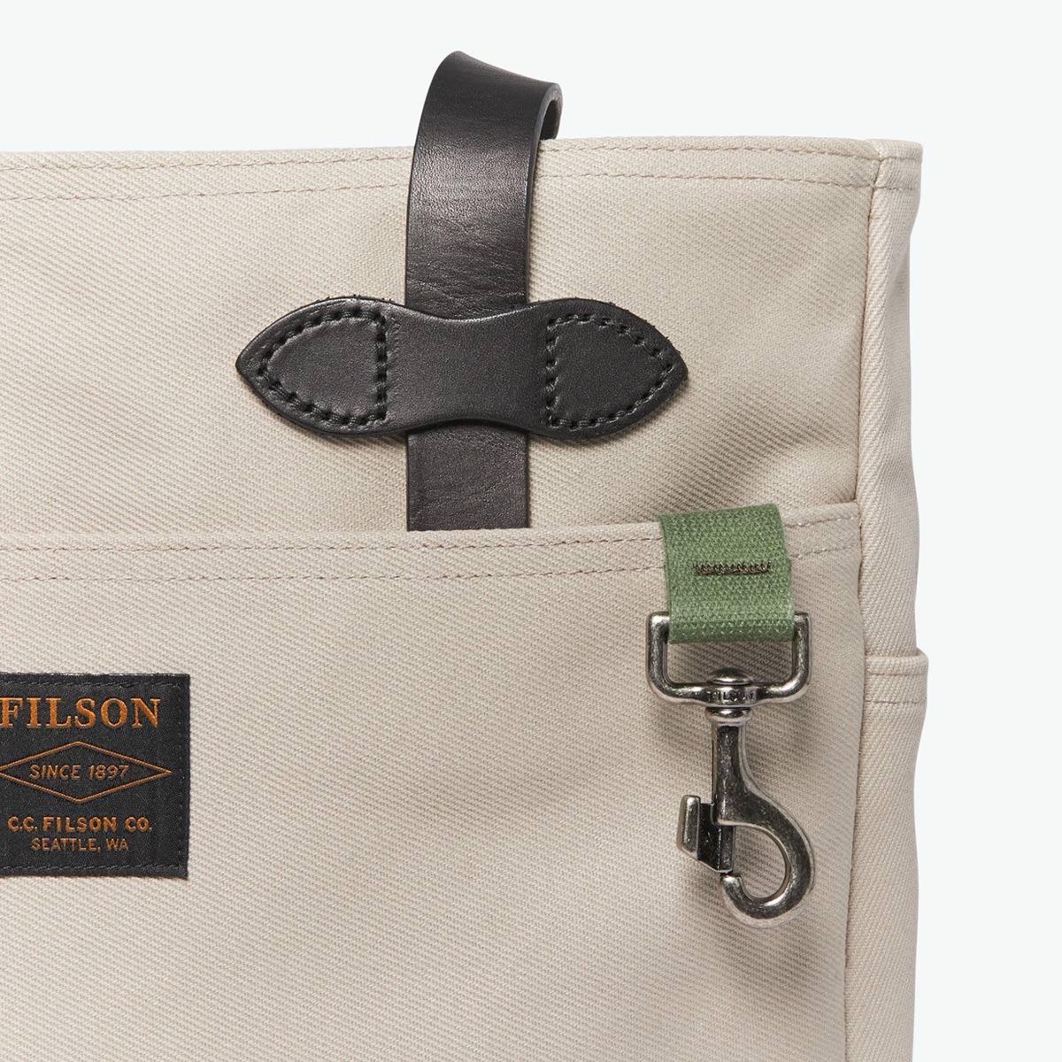 Filson Rugged Twill Tote Bag Twine, gemaakt voor mannen en vrouwen die van gemak, stijl en kwaliteit houden