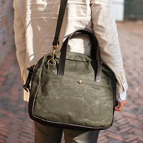 Filson Travel Bag Otter Green, een complete reistas voor al uw stedentrips, zakenreizen en excursies