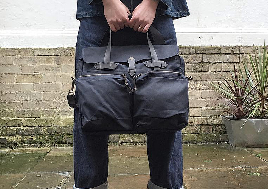 Filson 24Hour-tin-briefcase-navy-your-ultimate-travel-partner