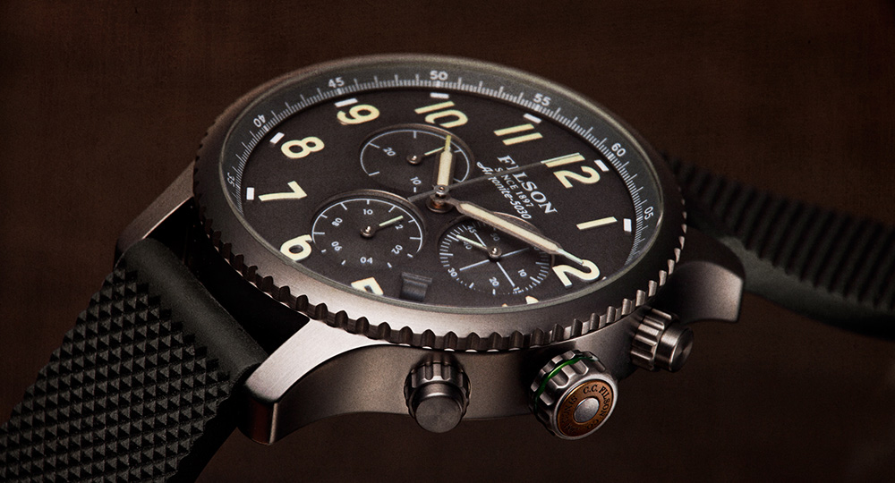 Filson Mackinaw Field Chrono Watch Gray 1000310, this watch is built to last