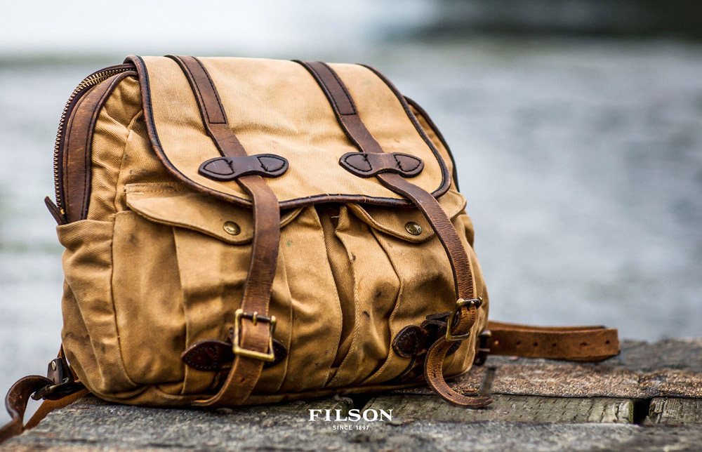 Filson Rucksack Tan 11070262 for use in all weather conditions