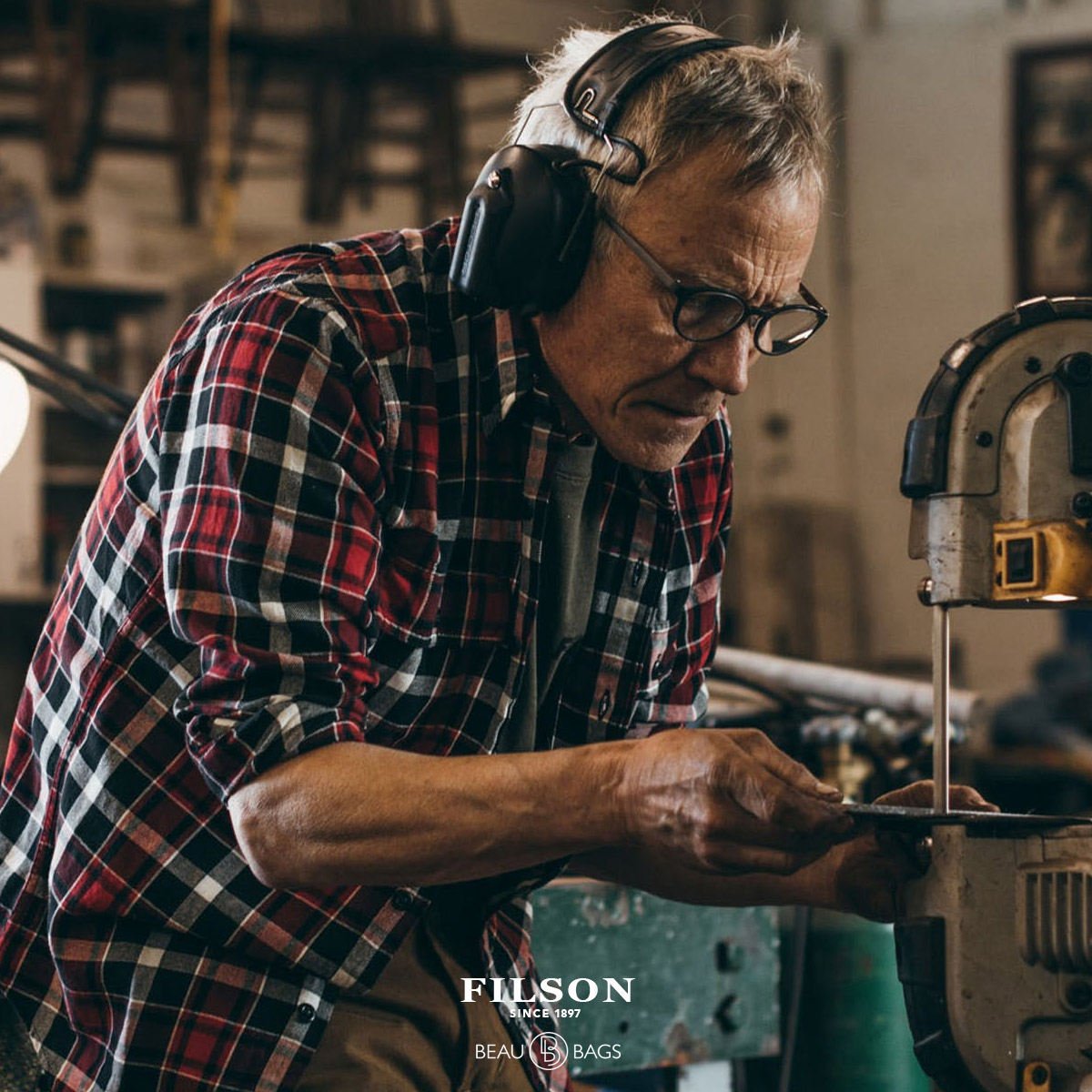 Filson Scout Shirt, ideal shirt for everyday or work-wea
