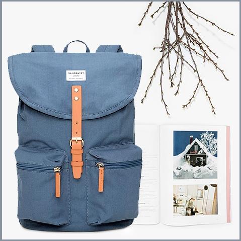 Sandqvist Roald Dusty Blue, 15 inch laptop rugzak in organisch katoen met leren details