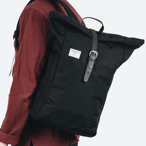 Sandqvist Silas Backpack Black, perfecte rugtas voor dagelijks gebruik zowel op het werk als in de natuur