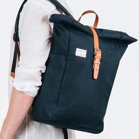 Sandqvist Silas Backpack Blue, perfecte rugtas voor dagelijks gebruik zowel op het werk als in de natuur
