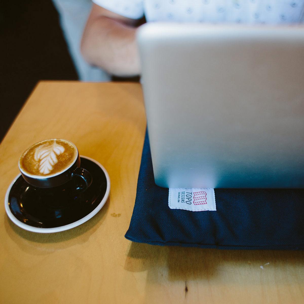 Topo Designs Laptop Sleeve Olive, gevoerde Laptop Sleeve past comfortabel de meeste 13
