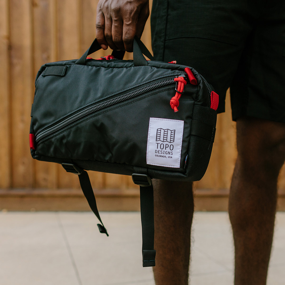 Topo Designs Quick Pack Black, a well-built, secure bag for travel