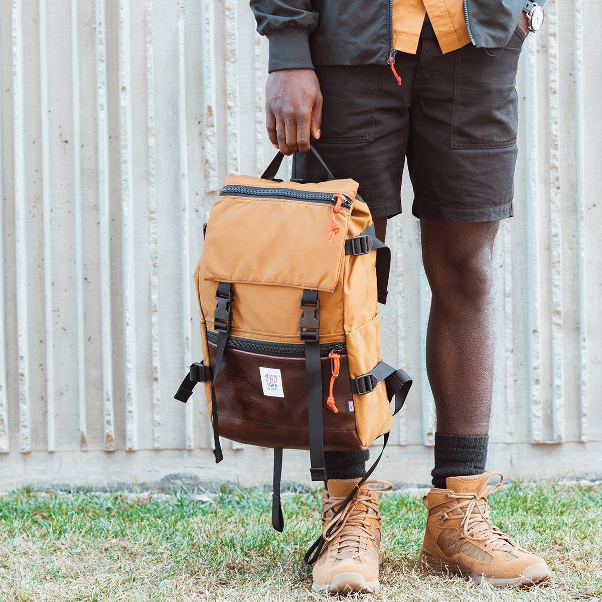 Topo Designs Rover Pack Heritage Duck Brown/Dark Brown Leather,  iconische rugzak voor man en vrouw