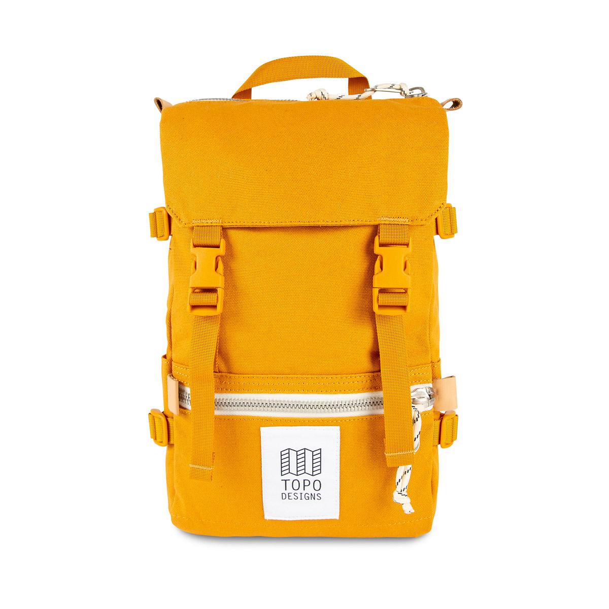 Topo Designs Rover Pack - Mini Canvas Mustard, statement-makende rugtas met de perfecte maat om boodschappen mee te doen of mee te nemen tijdens een wandeling