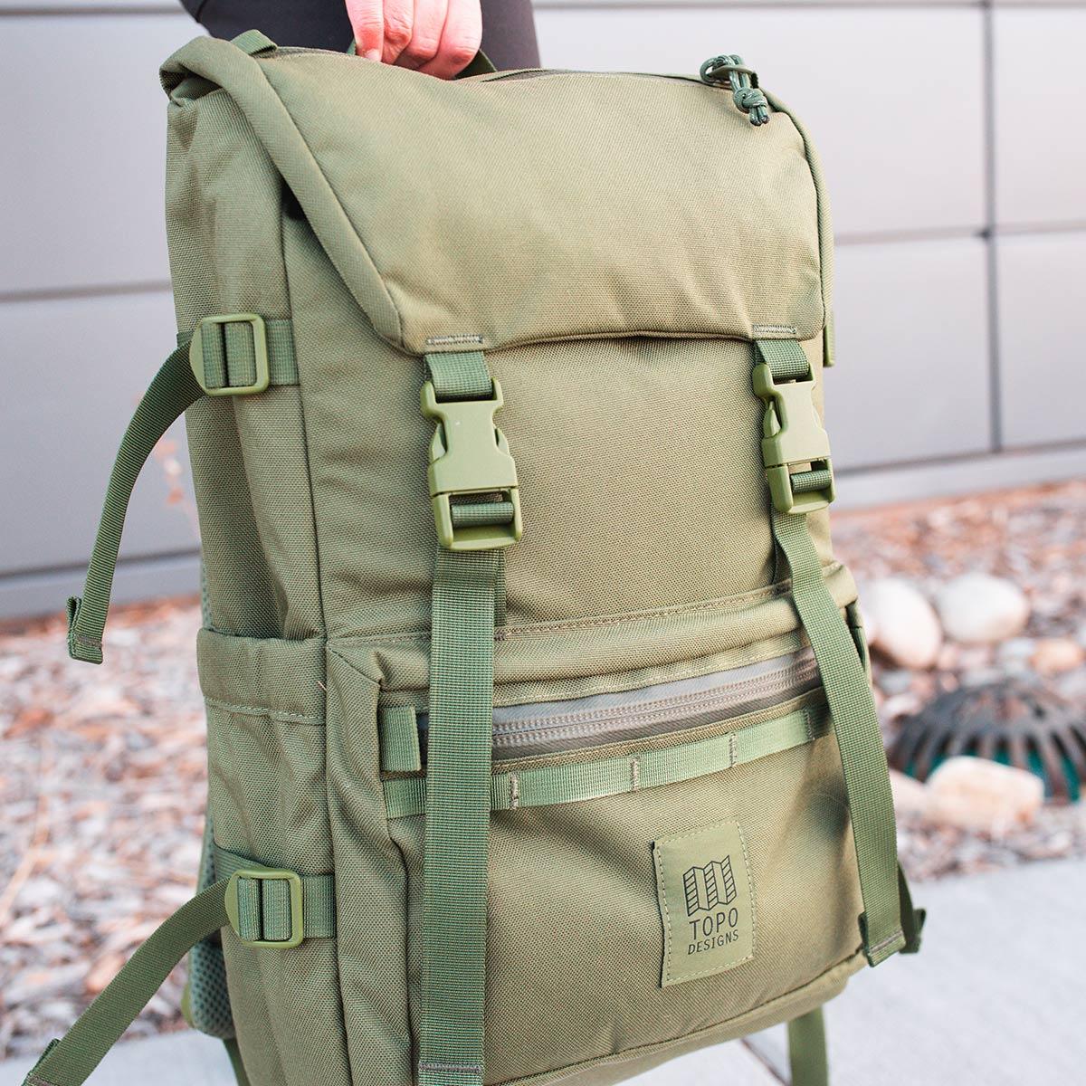 Topo Designs Rover Pack Tech Olive, tijdloze rugzak met moderne functionaliteiten voor dagelijks gebruik