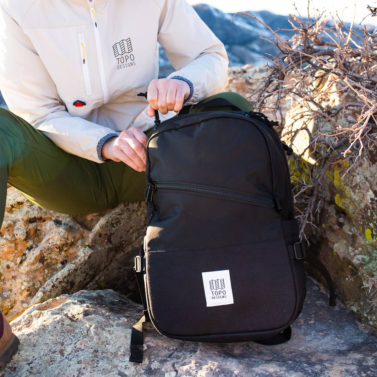 Topo Designs Standard backpack Black, classic backpack in durable 1000D nylon