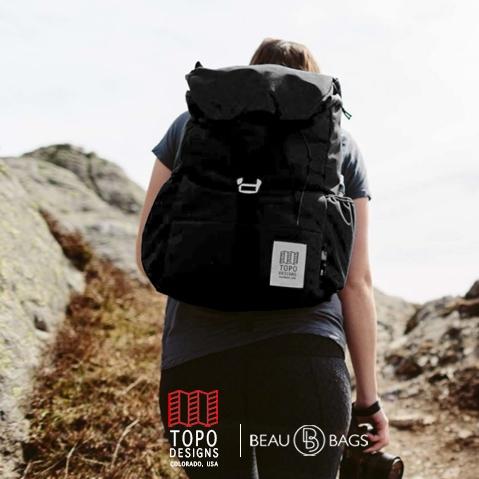 Topo Designs Y-Pack Black heerlijke dagrugzak die tijdens een trip niet zal teleurstellen