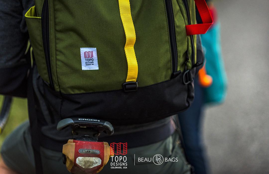 Topo Designs Travel Bag Olive, geweldige reistas voor een reis voor een paar dagen of een reis die voor altijd duurt