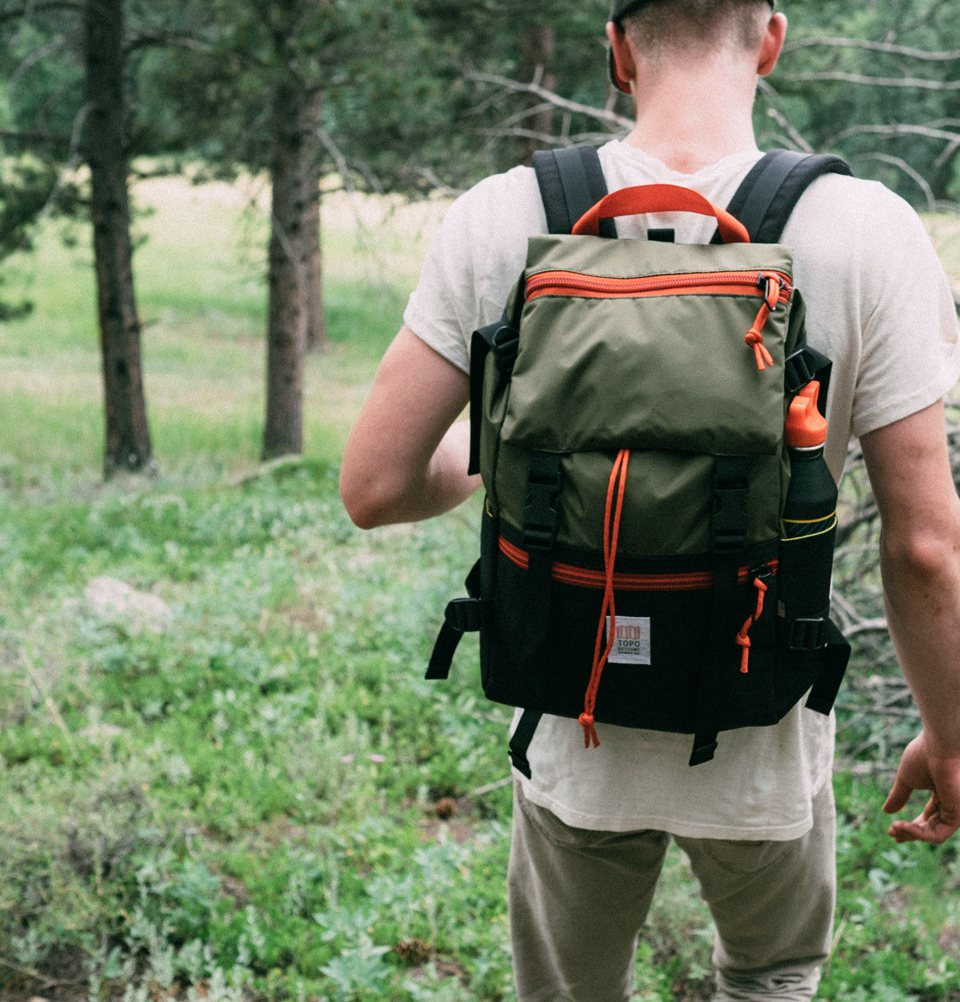 Topo Designs Rover Pack Black/Olive de perfecte rugzak voor dagelijks gebruik
